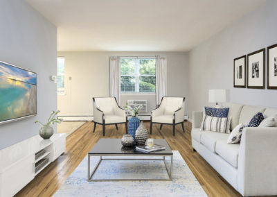A living area at Chelbourne Plaza apartments for rent in Elkins Park, PA