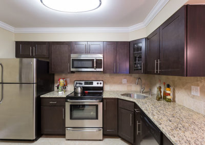Kitchen with granite countertops at Meadowbrook apartments for rent in Huntington Valley, PA