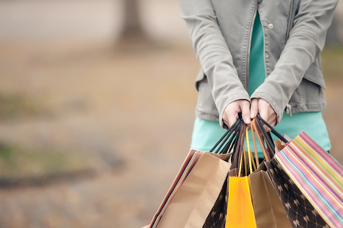 Shopping-shutterstock_175947125