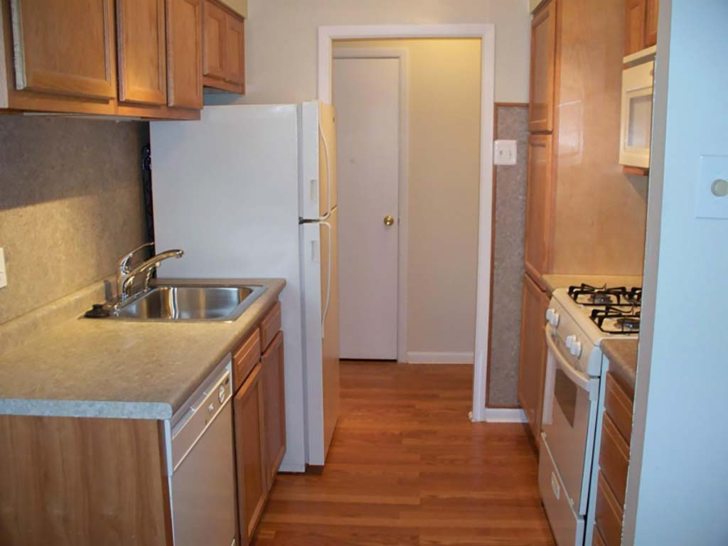 Kitchen with energy efficient appliances at Willow Bend apartments for rent in Philadelphia, PA