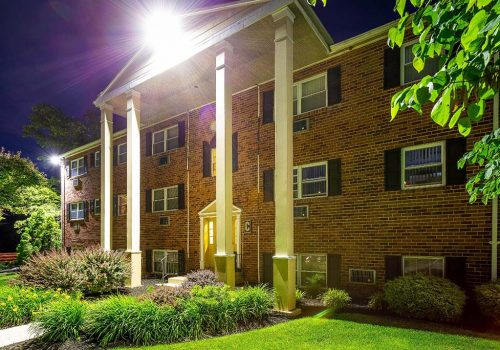 Exterior view of a residential building at Warrington Crossings apartments for rent in Warrington, PA
